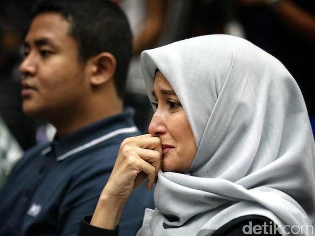 Tak Jadi Tersangka, Inneke Koesherawati Dilepas KPK?