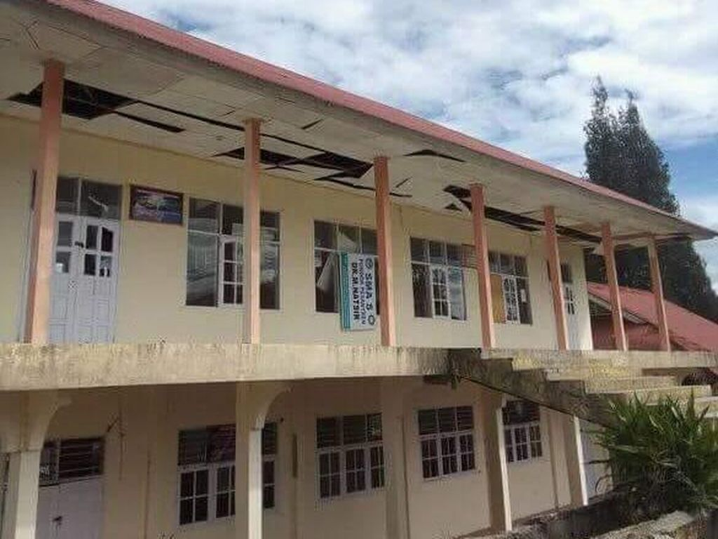 Foto: Bangunan Rusak Akibat Gempa di Padang, 1 Orang Tewas