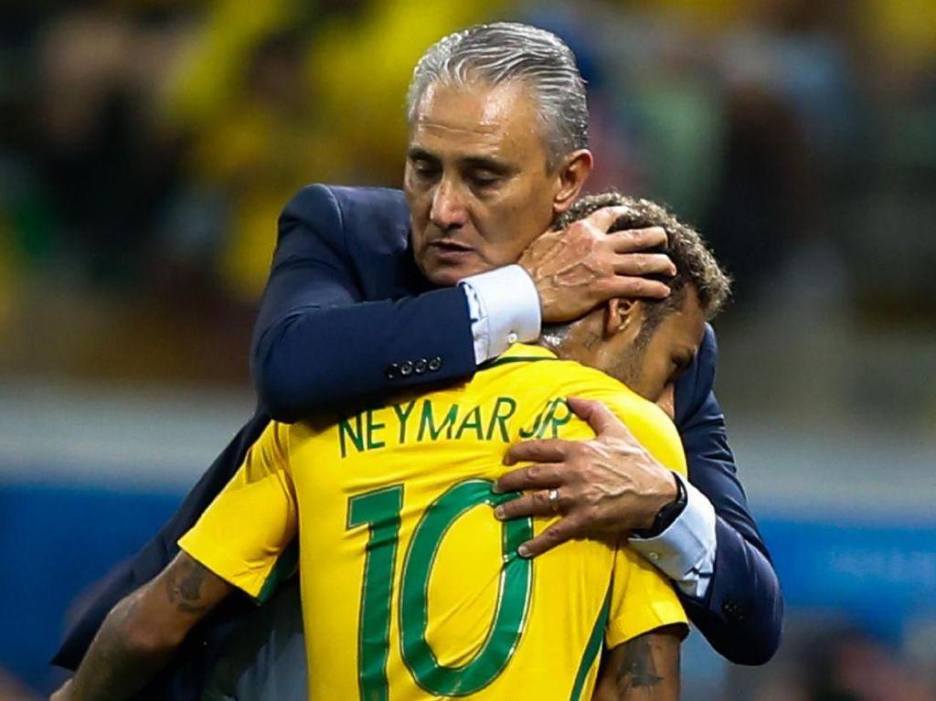 Tite Khawatir Neymar Kerap Jadi Sasaran Empuk Lawan