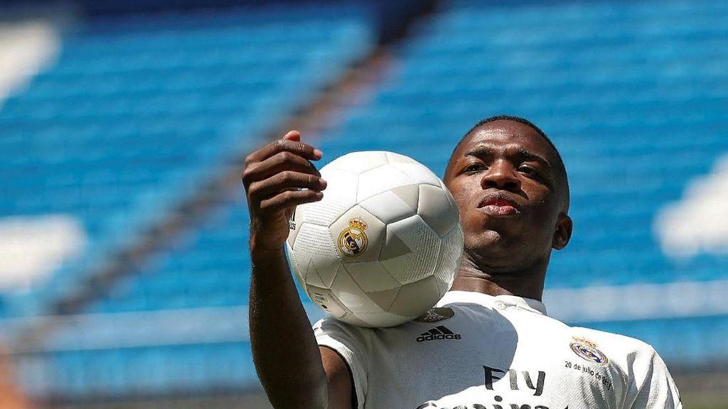 Vinicius Bisa Jadi Pengganti Ronaldo di Real Madrid