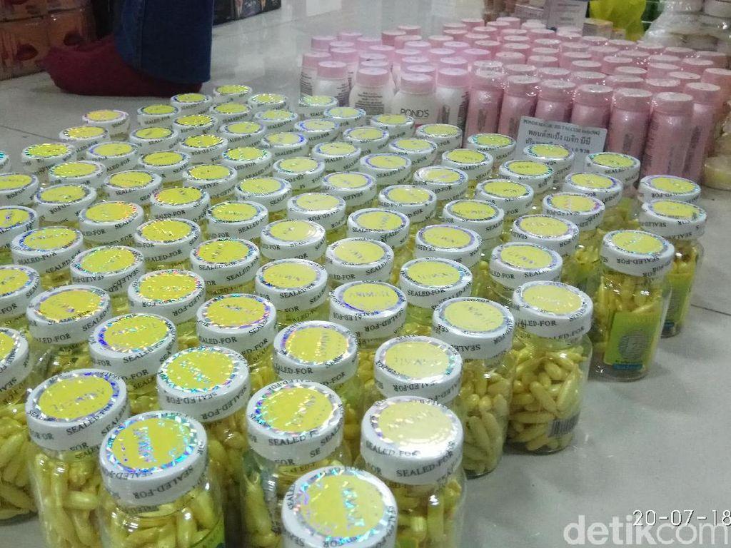 Kosmetik Ilegal Senilai Rp 5 Miliar Disita Petugas di Kepri