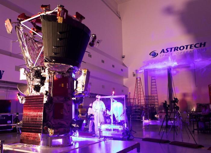Parker saat masa pembuatan. Foto: Courtesy Glenn Benson/NASA/Handout via REUTERS