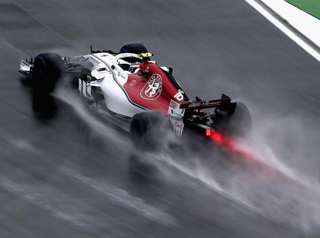 Di Bawah Guyuran Hujan, Leclerc Pimpin Latihan Ketiga GP Jerman