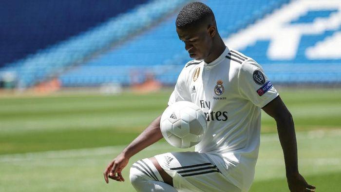 Vinicius Jr belum melakukan debutnya di tim utama Real Madrid (Foto: Susana Vera/REUTERS)