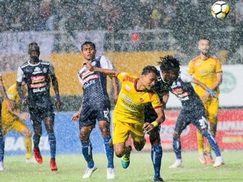 Hasil Liga 1: Arema Permalukan Sriwijaya FC di Jakabaring