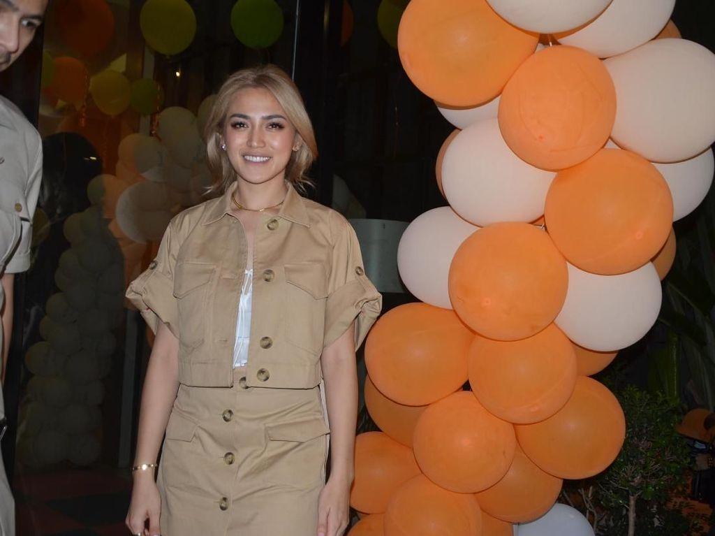 Gaya Safari Belasan Juta Rupiah ala Jessica Iskandar di Ultah Anak