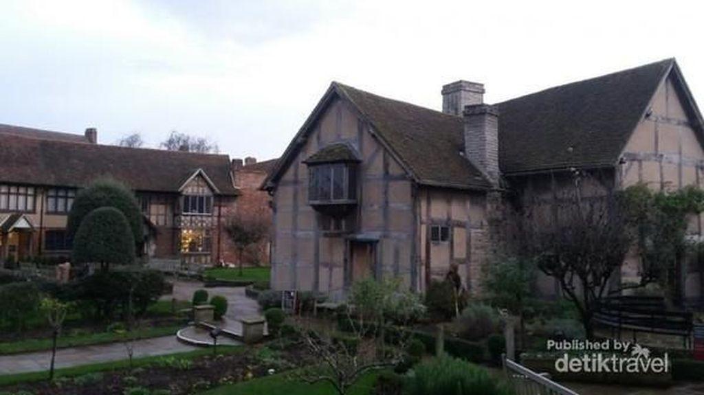 Menengok Rumah Sastrawan Besar Inggris, William Shakespeare