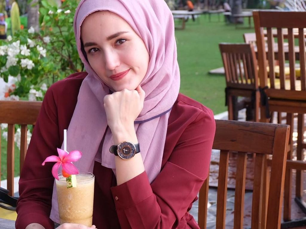 Berduka Pascagempa, Adelia Pasha Minta Doa untuk Masyarakat Palu