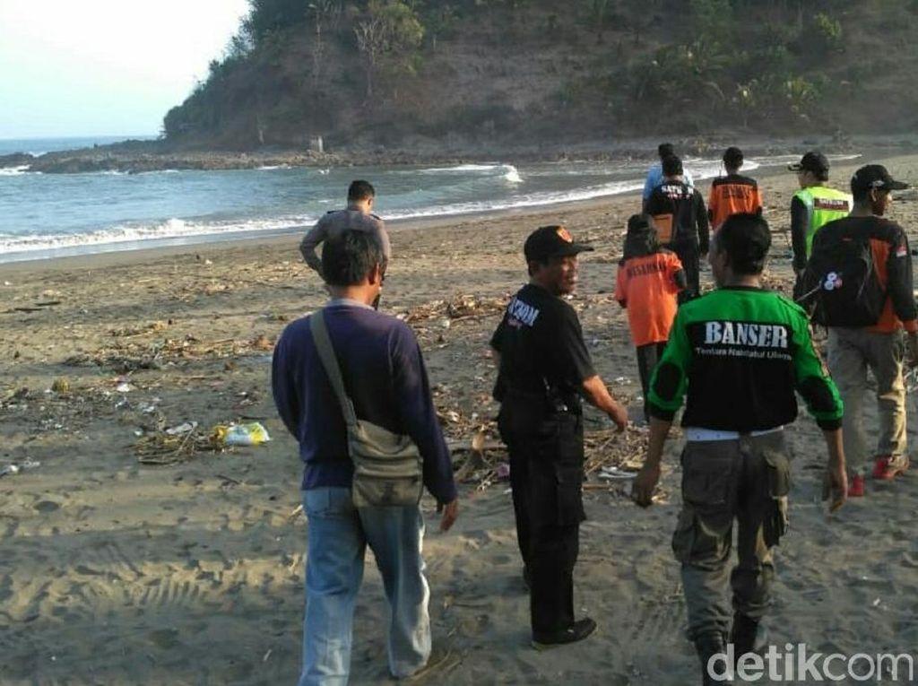 2 Pencari Rumput Laut Terseret Ombak di Kebumen, 1 Orang Hilang