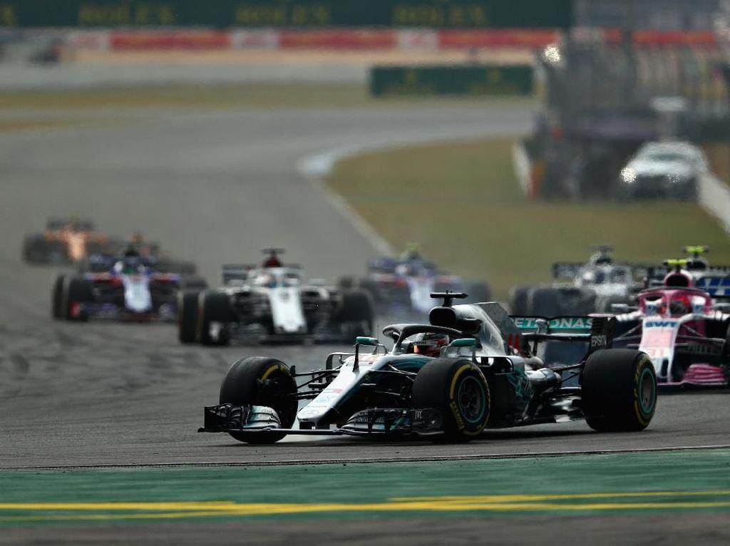 Vettel Crash, Hamilton Juara GP Jerman