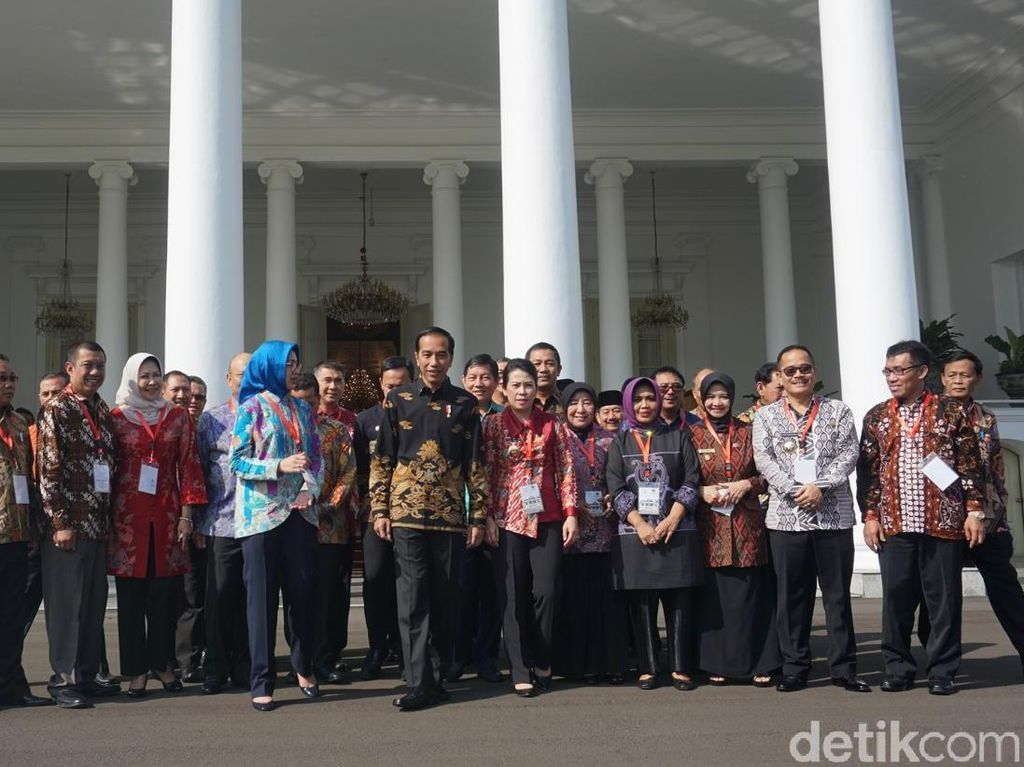 Jokowi Minta Wali Kota Siapkan SDM Hadapi Revolusi Industri 4.0