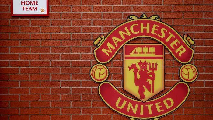 Manchester United mengalami kenaikan utang bersih yang mencapai 2,5 triliun. (Foto: Alex Morton/Getty Images)
