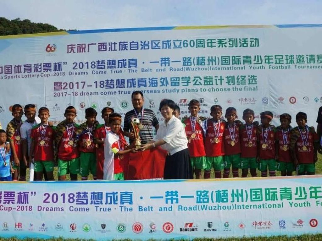 Akademi Persib Juara di China