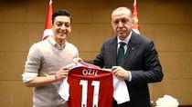 Simpati Warga dan Pejabat Turki untuk Mesut Ozil