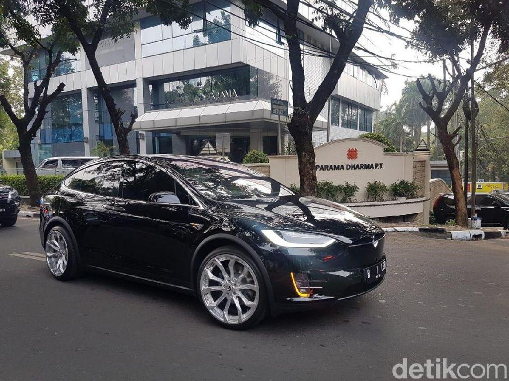 Pelek Tesla Punya Bamsoet Oke Juga Nih, Berapa Sih Harganya?