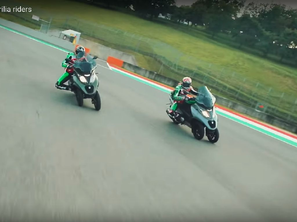 Pebalap MotoGP Ini Ketagihan Naik Skuter Roda Tiga