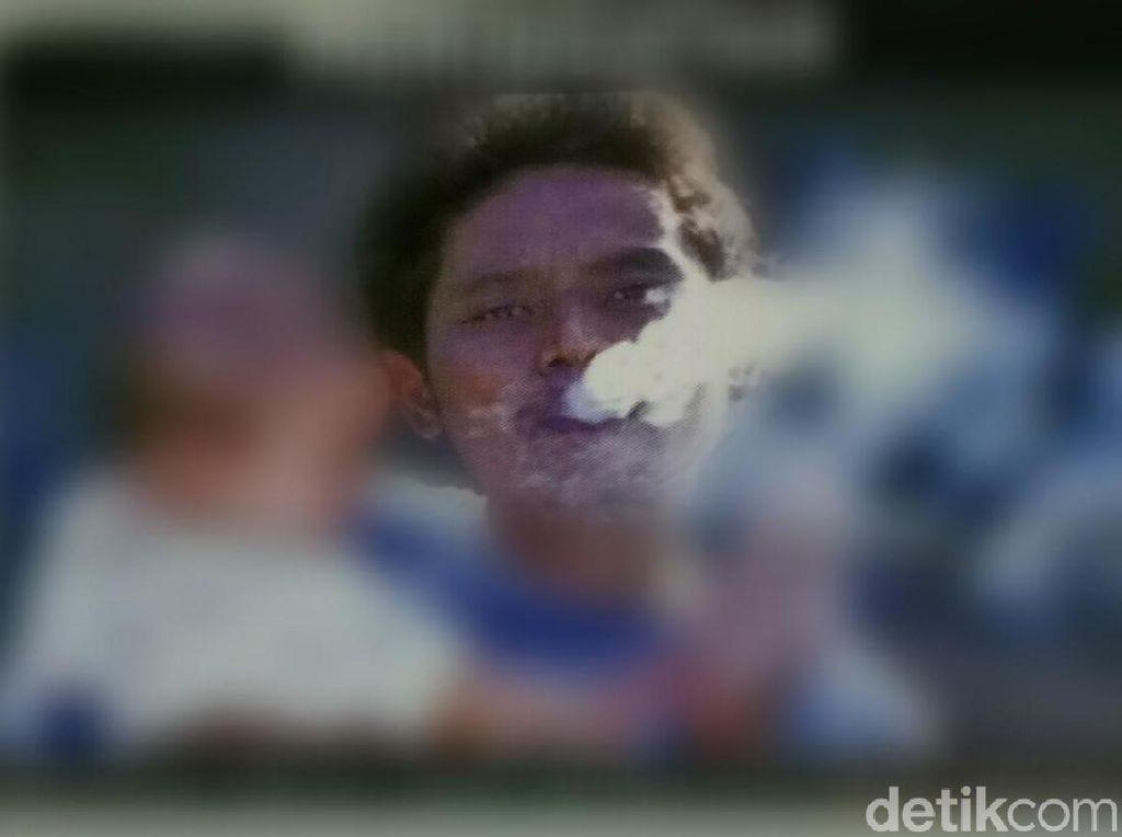Model Pria Gendong Bayi di Bungkus Rokok Sejak Lama Jadi Kontroversi