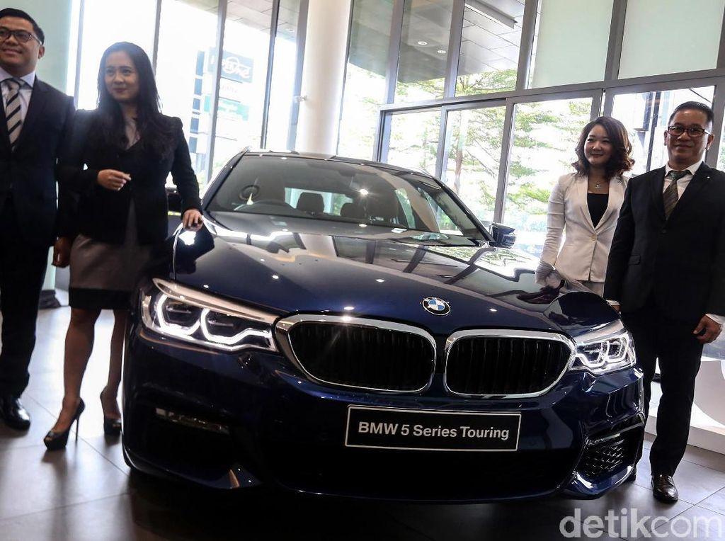 Peluncuran 2 Mobil BMW Edisi Terbatas