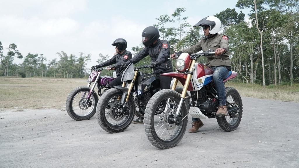 Motor Modifikasi Honda CRF150L Jelajahi Yogyakarta