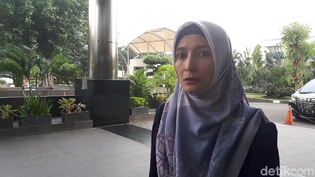 Ekspresi Inneke Koesherawati Saat Penuhi Panggilan KPK