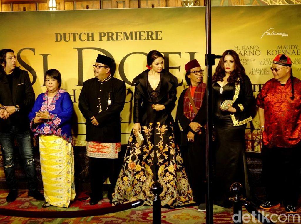 Penonton Dibuat Haru dan Menangis di Premier Si Doel The Movie
