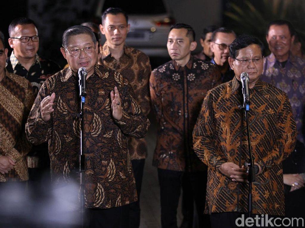 Antara Makna dan Estetika Motif Batik di Pertemuan SBY-Prabowo