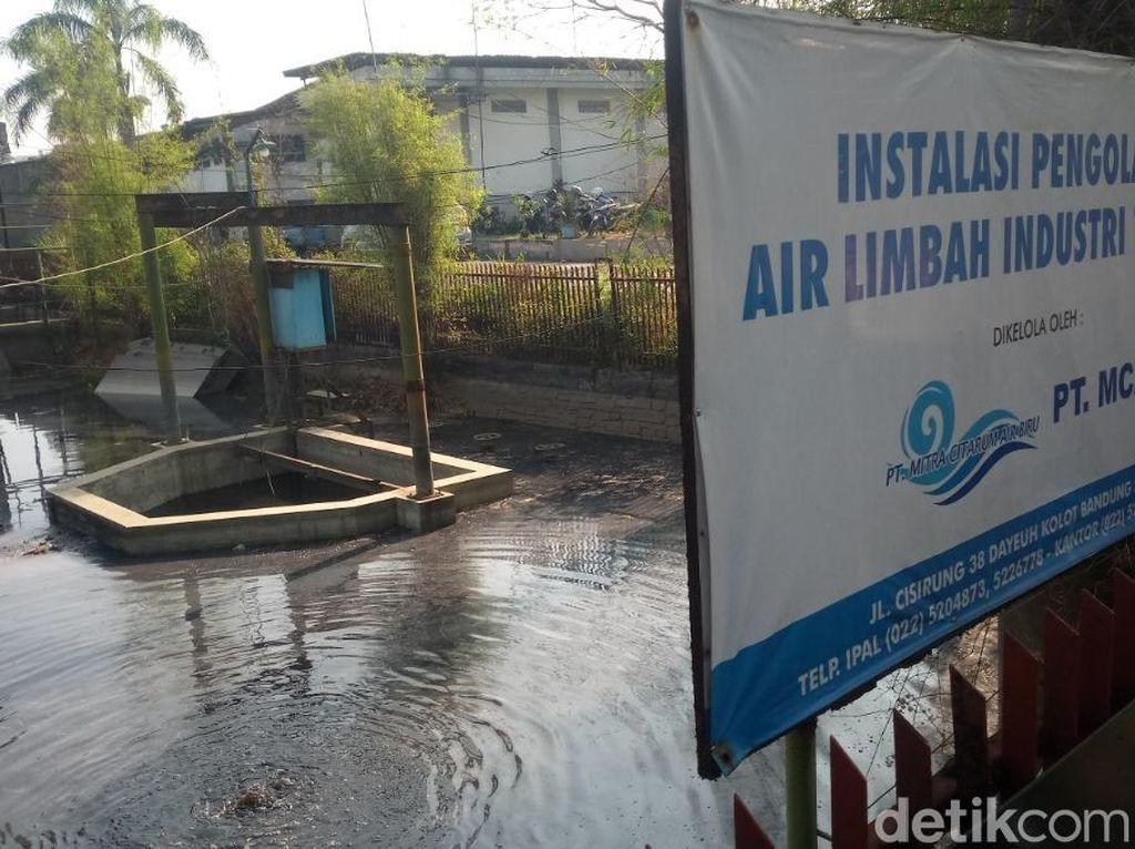 Air Limbah Genangi Pabrik IPAL Terpadu di Dayeuhkolot Bandung
