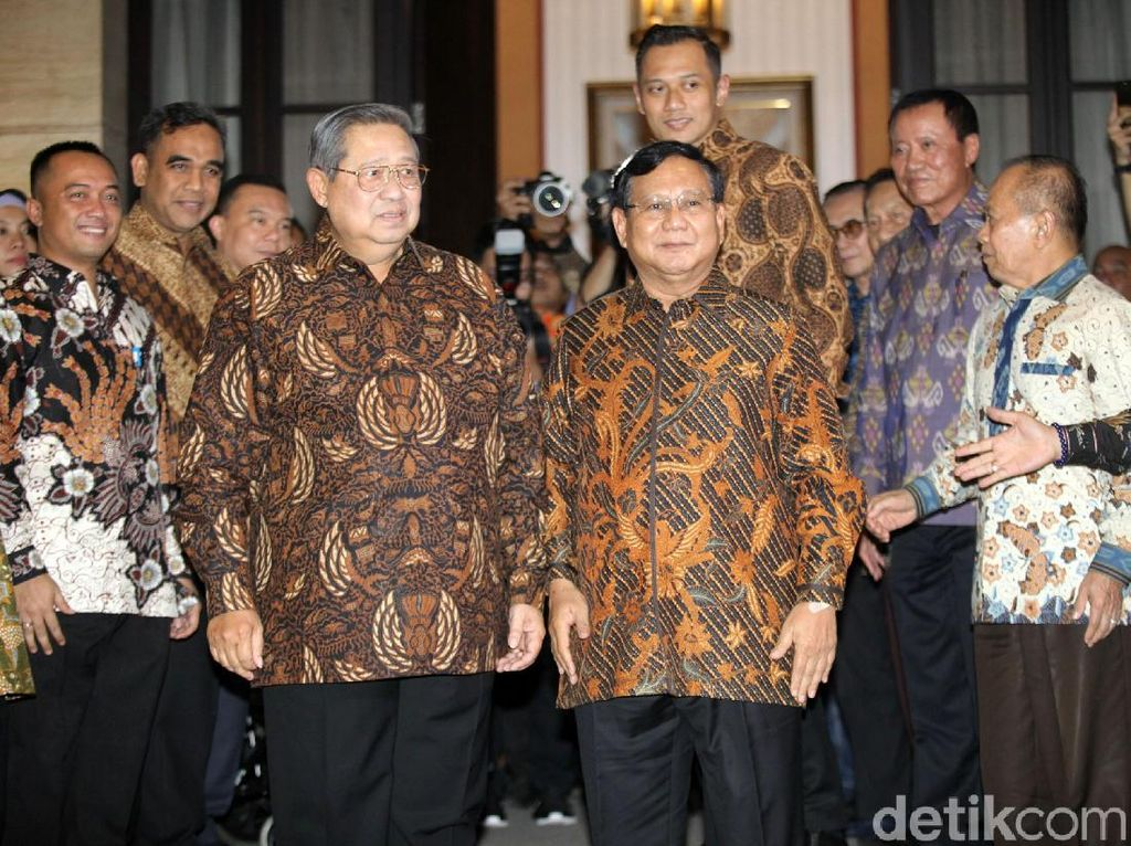 Prabowo-SBY Bertemu, Ke Mana Sekjen Gerindra?