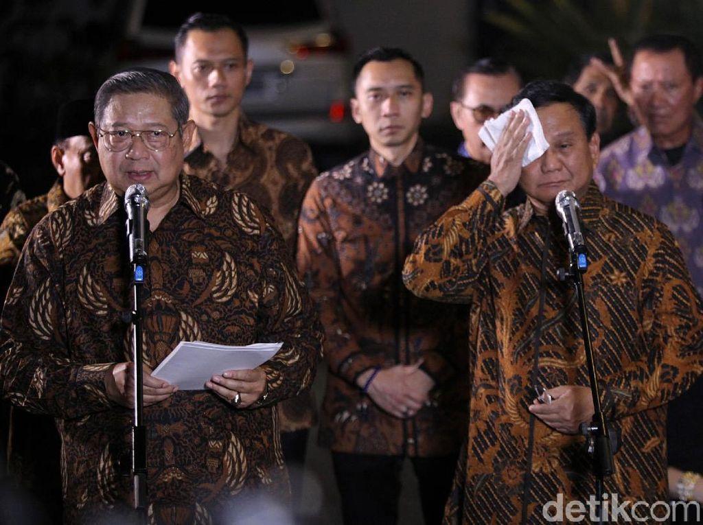 Belum Deal Koalisi, Begini Ekspresi SBY-Prabowo di Jumpa Pers