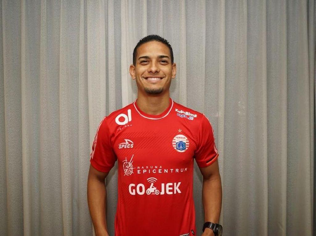 Arema FC vs Persija: Peluang Debut Renan Silva