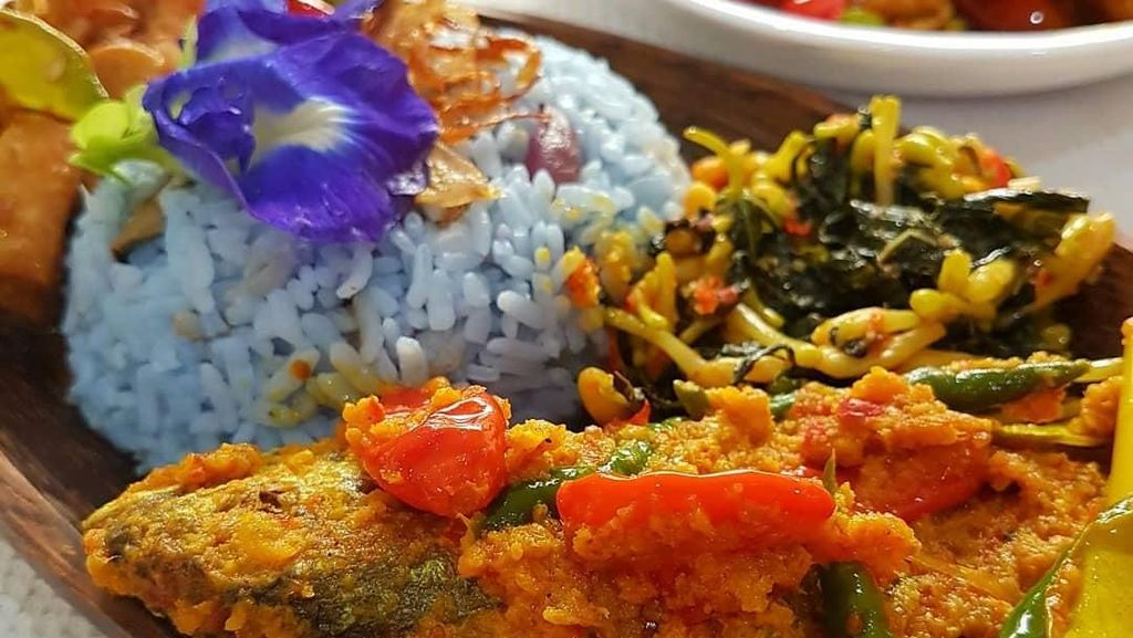 Kalau Ayam Mahal, Ikan Pesmol Berbumbu Gurih Pedas Enak Buat Makan Siang