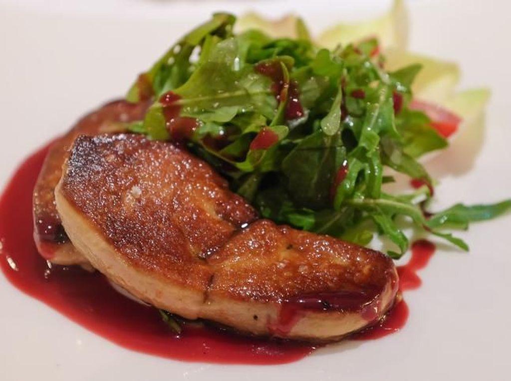 Dinilai Kejam, Pengunjuk Rasa Minta Restoran Hapus Foie Gras dari Daftar Menu