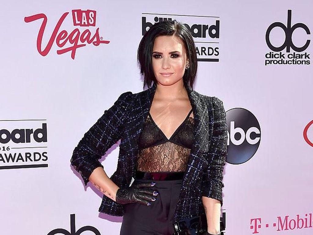 Demi Lovato Dapat Perlakuan Body Shaming, Begini Sikap sang Kakak