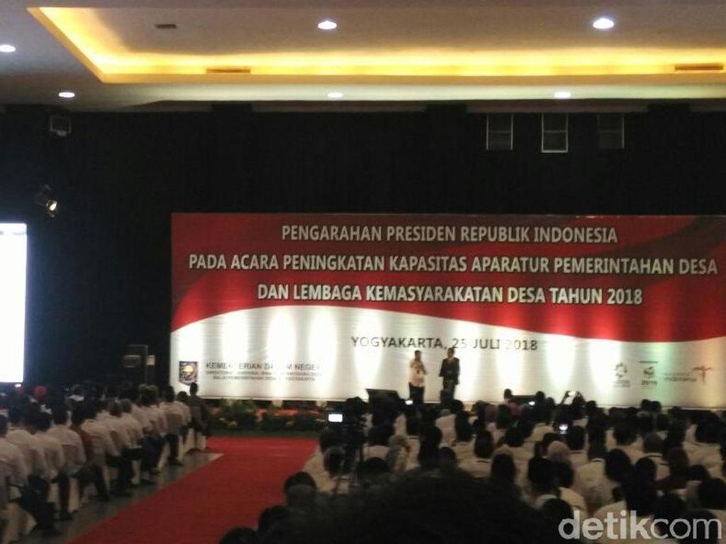 Kembali Singgung Politikus Kompor, Jokowi: Pilih yang Berprestasi
