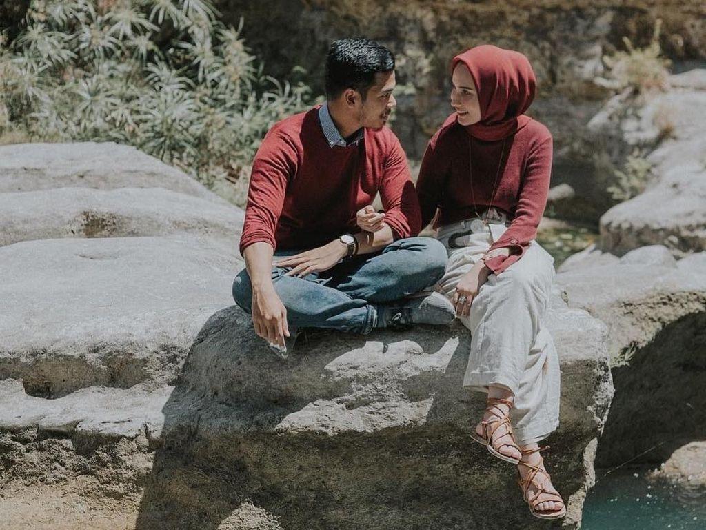 Tren Baju Couple Ala Selebgram Hijab, Gaya Kembar Kekinian