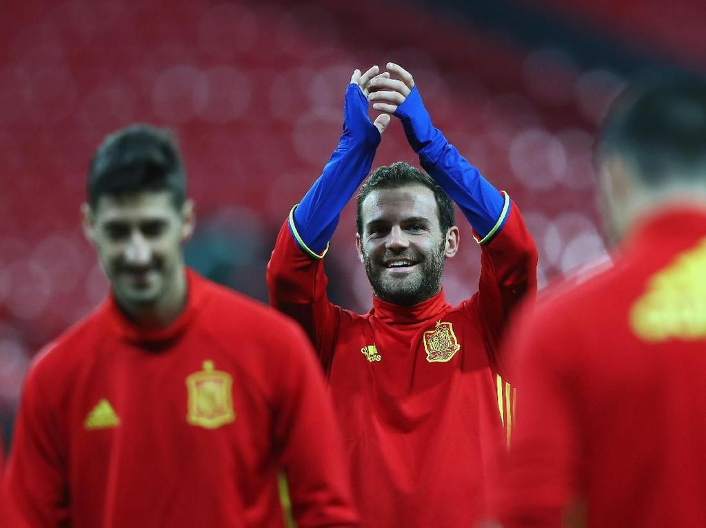 Enrique Janjikan Kejutan di Timnas Spanyol, Adakah Tempat untuk Mata?