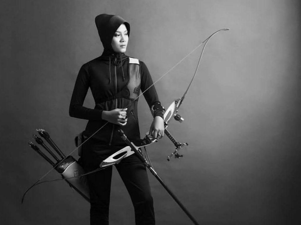 Potret Diana, Atlet Panahan Berhijab yang Berlaga di Asian Games 2018