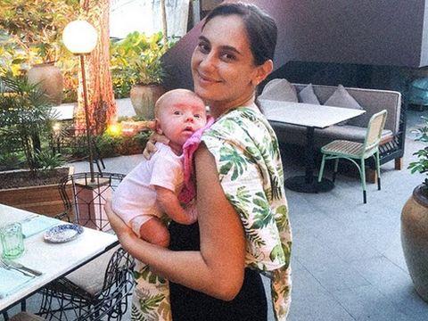 Marissa Nasution dan bayinya/