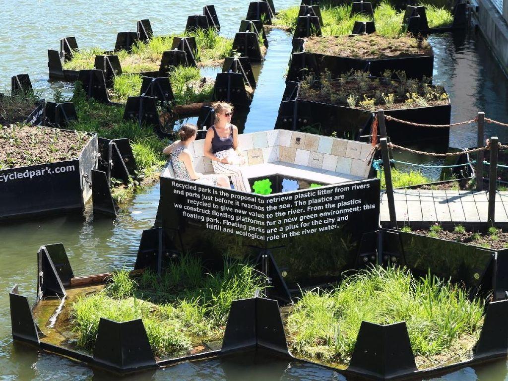 Foto: Taman Terapung dari Sampah Daur Ulang
