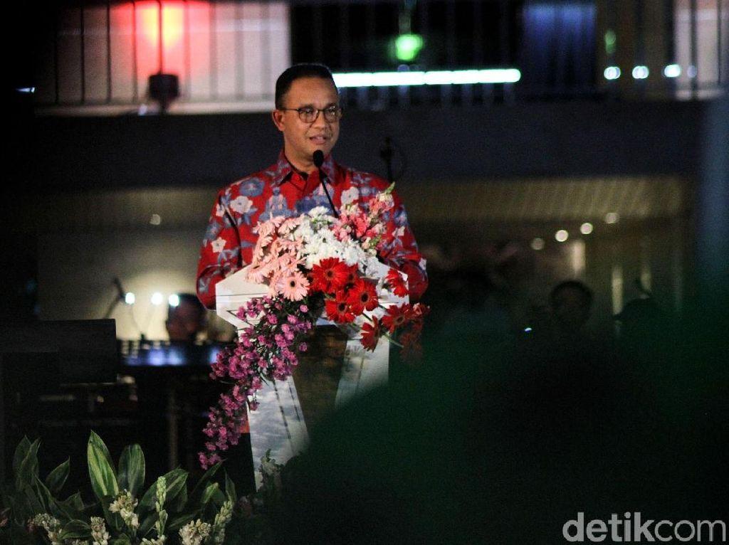 Anies Resmikan Lapangan Banteng