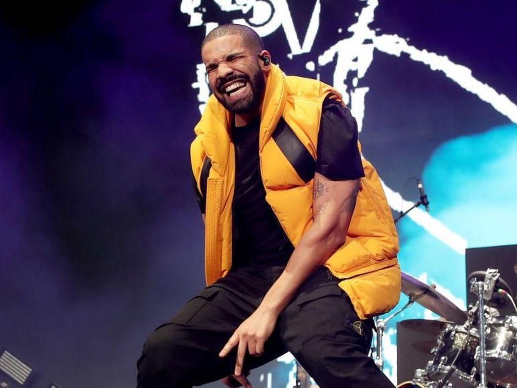 Wow! Album Drake Didengarkan 50 Miliar Kali