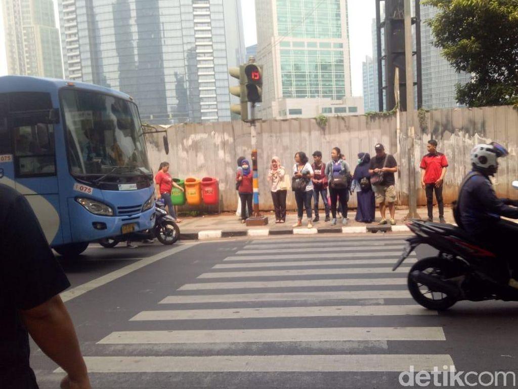 Dishub akan Siagakan Petugas di Pelican Crossing Jl Sudirman