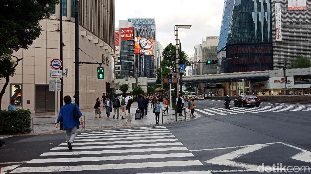 Melihat Pelican Crossing dari Jakarta, Tokyo hingga Seoul