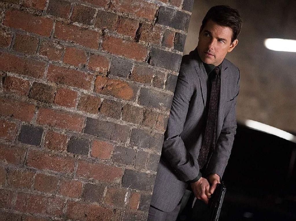 Syuting Mission Impossible Terpapar COVID-19, Tom Cruise Kenakan Masker Dobel