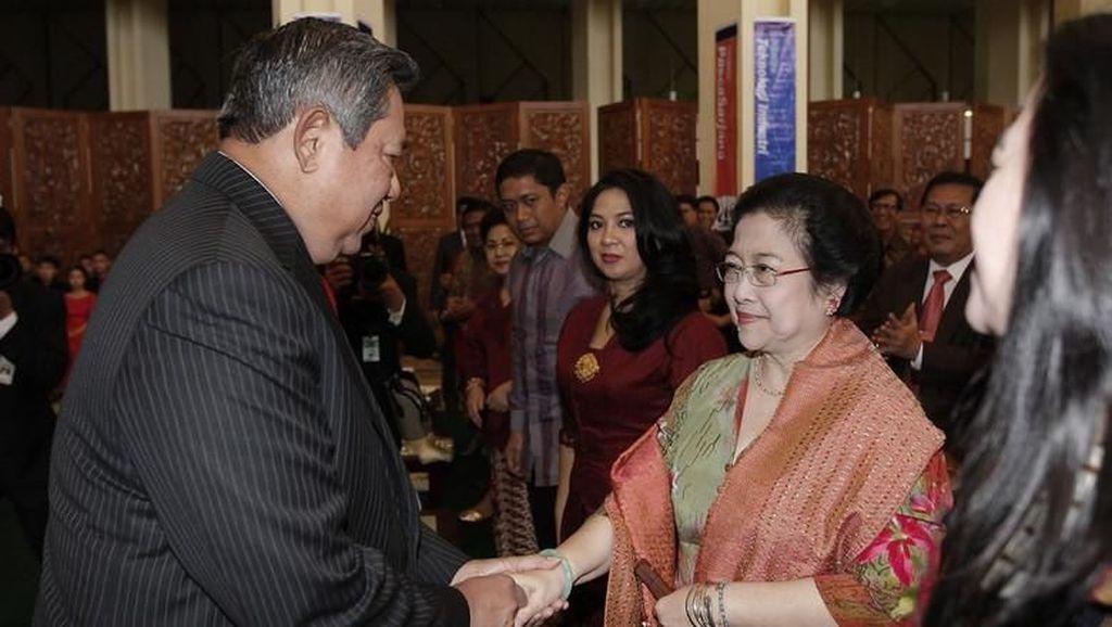 Dikeluhkan Tak Normal, Ini Potret Langka Interaksi SBY-Mega