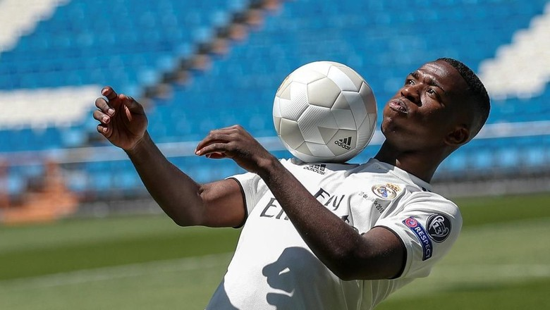Gol Spektakuler Vinicius Jr di Sesi Latihan Madrid