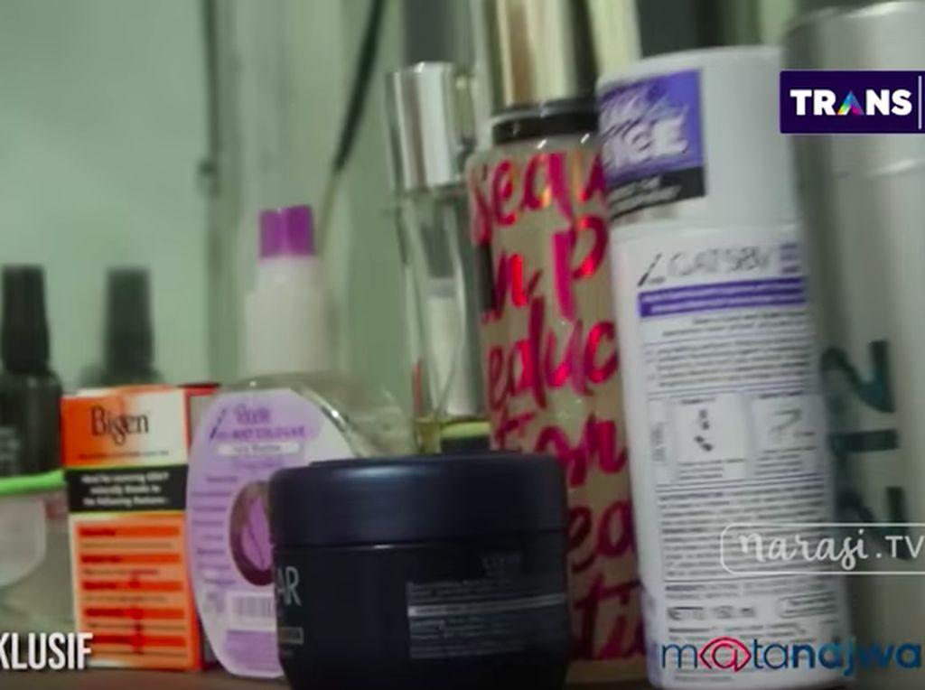Parfum Victorias Secret dan Terungkapnya Sel Palsu Setya Novanto