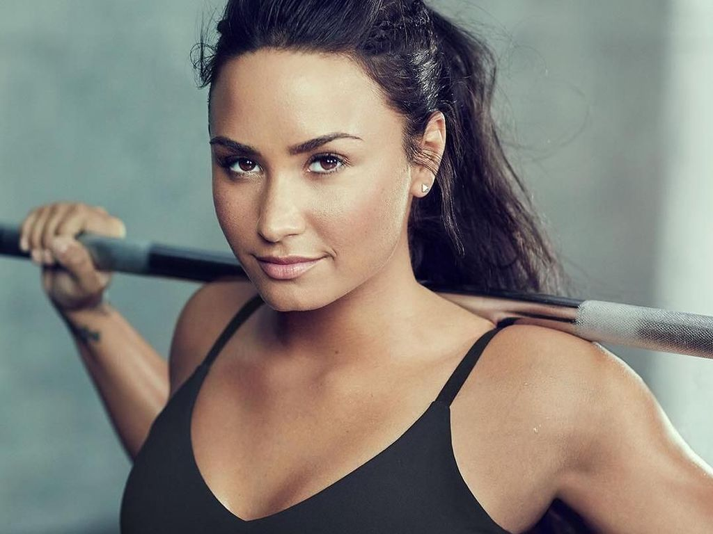 Foto: Intip Rahasia Body Goals Demi Lovato