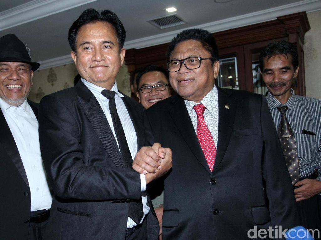 Soal Pencalonan Anggota DPD, OSO Minta Pendapat Yusril