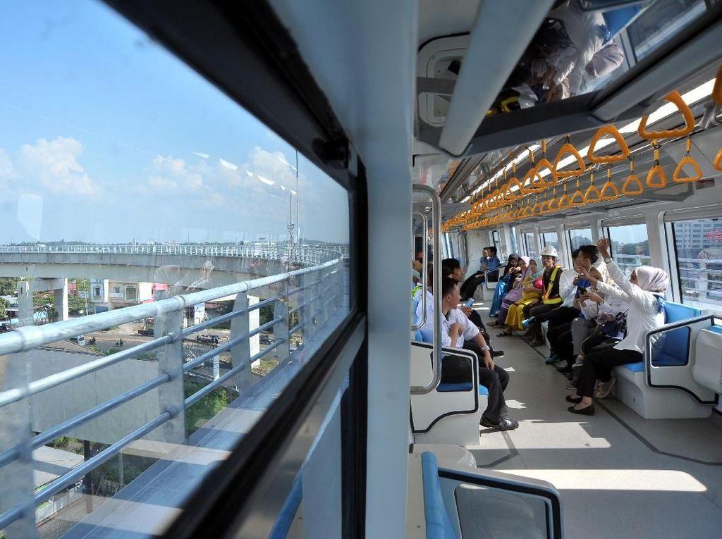 5 Bulan Operasi, LRT Palembang Sudah Angkut 1 Juta Penumpang